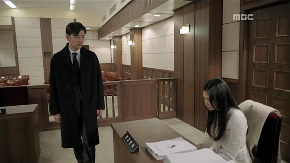 """""""마지막 변론을 준서를 위해 하게 되서 만족해""""…나경(오윤아)의 싸움 [46회]"""